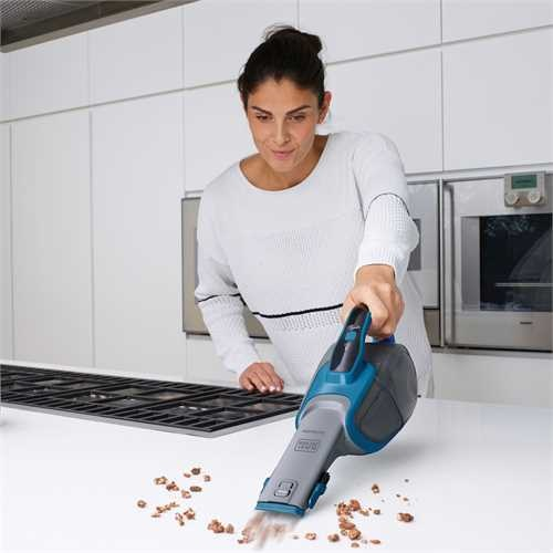 Black And Decker - 216Wh Dustbuster Lithium Cyclonic Action - DVJ320J