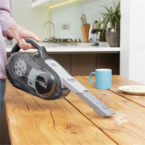 Black and Decker - 216V Lithium Hand und Bodensauger mit ORA Technologie - HVFE2150LB