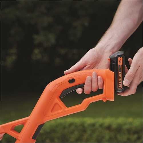 Black and Decker - 18V 25CM AFS AkkuRasentrimmer - ST1823